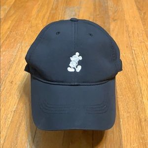 Disneyland exclusive Mickey Mouse Nike golf hat